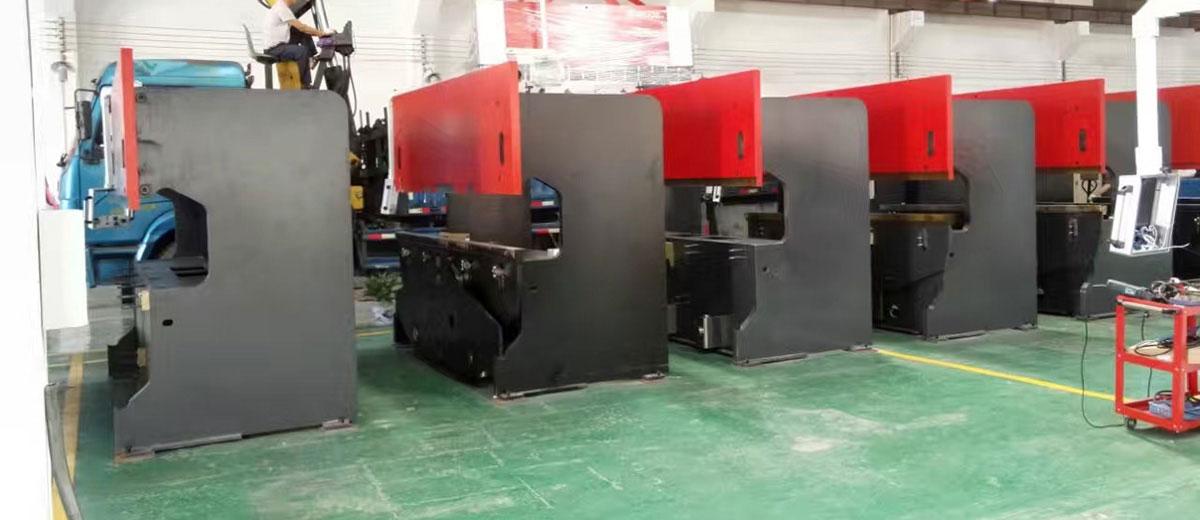 艺辉接下合成机械200套配电箱定制外壳订单